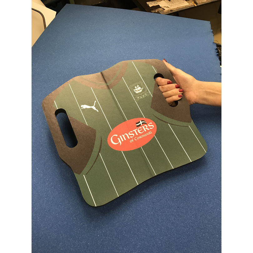 FOOTBALL SHIRT SEAT CUSHION | PromoFoam