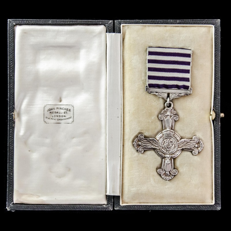 Distinguished Flying Cross, G. | London Medal Company