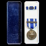 Nato Medal for Non Article 5 OUP - Libya, with clasp for OUP-Libya/Libye, with original box of is...