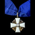 Finland: Order of the White Rose, Commander Grade Neck Badge in silver gilt and enamels, in prese...