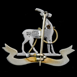 Royal Warwickshire Regiment Brooch Badge, white and yellow gold and enamel, 9 carat .375 gold mar...