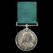 Royal Naval Reserve Long Service and Good Conduct Medal, EVII bust, awarded to Seaman 1st Class T...