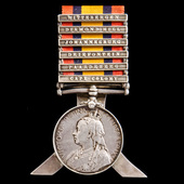 Queen's South Africa Medal 1899-1902, 6 Clasps: Cape Colony, Paardeberg, Driefontein, Johannesbur...