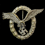 Germany - Third Reich: A very good example of an early issue Luftwaffe Pilot Badge, silver needle...