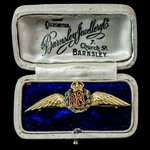 Royal Flying Corps Gold Sweetheart Brooch, gold and enamels, 15 carat gold marked, of Great War m...