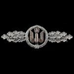 Germany, Third Reich: Luftwaffe Bomber Clasp in Silver, no maker mark. Of mid-war manufacture. A ...