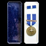 Nato Medal for Kosovo, with original box of issue, and tunic ribbon bar.