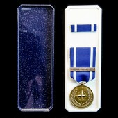 Nato Medal for Former Yugoslavia, housed in its original box of issue with tunic medal ribbon bar.