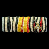 Germany – Imperial: Tunic medal ribbon bar for a recipient of the Iron Cross 1914 2nd Class; Bade...