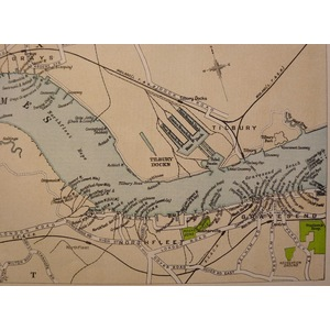 The river thames - showing wharves from woolwich to tilbury and gravesend