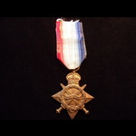 1914/15 STAR to 17125 PTE Thomas HYLAND 1st ROYAL SCOTS FUSILIERS To France 3/6/15. Discharged 8/...
