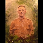 1914 STAR & BWM to PTE / SGT WILLIAMS 2nd R.WAR.R. (with original Portrait Photo)